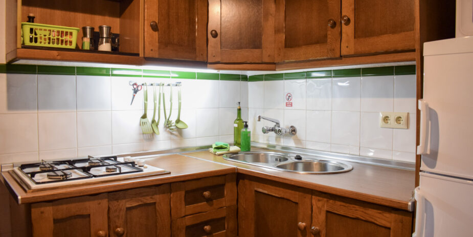 The fully equipped and spacious kitchen
