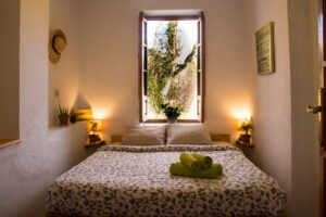 Bedroom with a view to Zahara de la Sierra