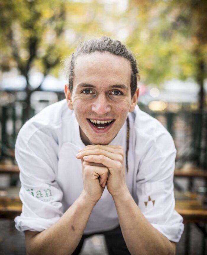Der sympathische Münchner Chefkoch Andreas Leib, der sich auf die vegane Küche spezialisiert hat
