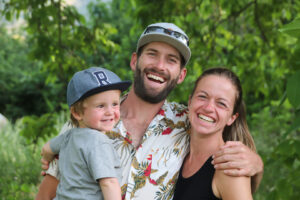 Lenny, James and Nina - the small family behind the Finca Vegana